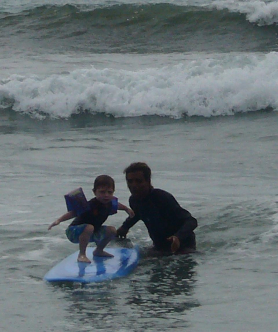 Surfing Family (2)